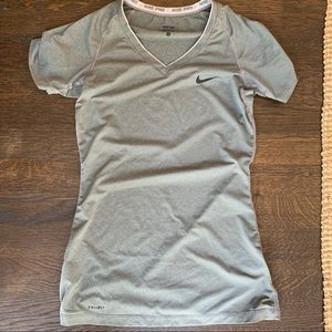 Nike fitted dri fit shirt